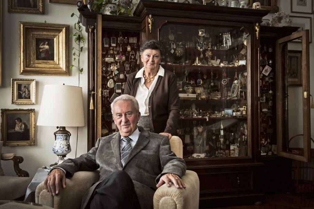 Das Ehepaar Tiziana und Stephan Schwab-Trau besitzt die größte private Sammlung historischer Ballspenden. (Foto: Stefan Knittel)